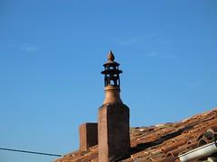 Remate de chimenea remate de chimenea en barro faro - Chimeneas de barro ...