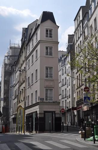 paris wedge shaped block at junction of rue beauregard and flickr. Black Bedroom Furniture Sets. Home Design Ideas