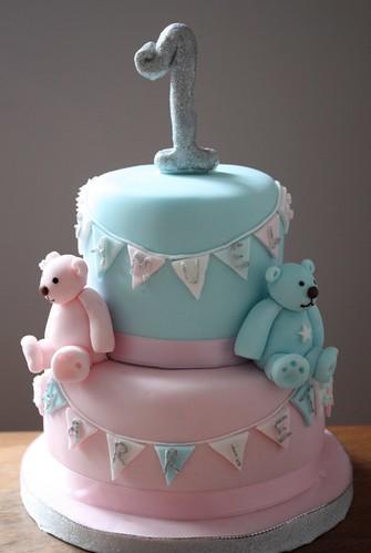 Images Of 1st Anniversary Cake : Twins 1st Birthday www.cakebysugar.com First birthday ...