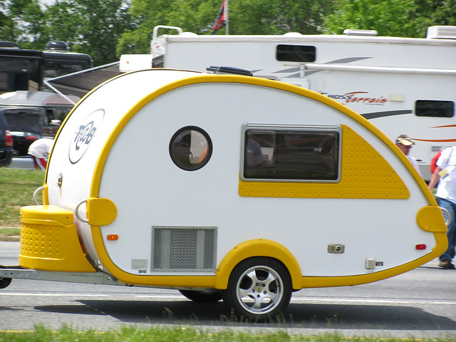 Towed Car Finder >> Mini-Camper | This was being towed around by a little midsiz… | Flickr