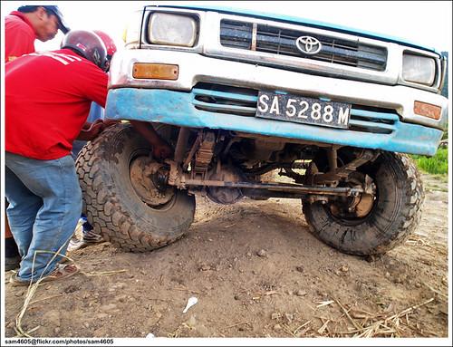 Cabaran 4x4 Novis Kundasang Toyota Hilux Ln106 Wheel