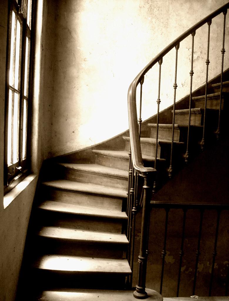 Vieja escalera | En el pabellón de Anatomía Patológica del H… | Flickr