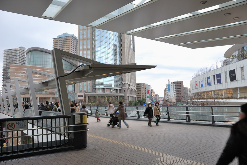 05 >> Pedestrian Deck at the West Exit of JR Kawasaki Station | Flickr