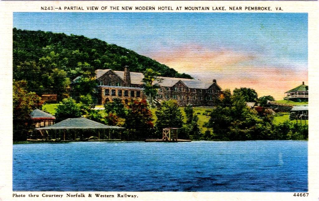 1936 Mountain Lake Hotel In Pembroke Virginia Linen