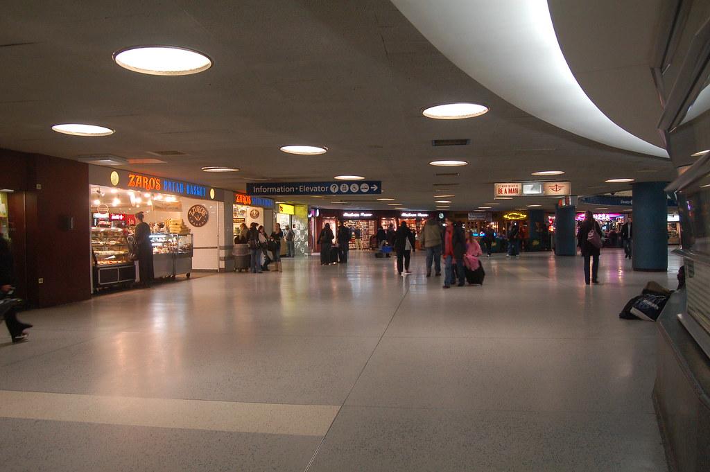 Penn Station Upper Level Along Amtrak Waiting Room Flickr