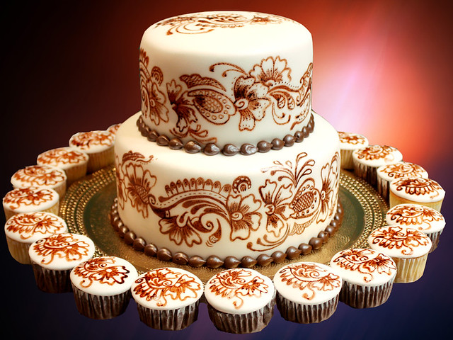 Henna Cake And Cupcakes Svetlana Nikolova Flickr