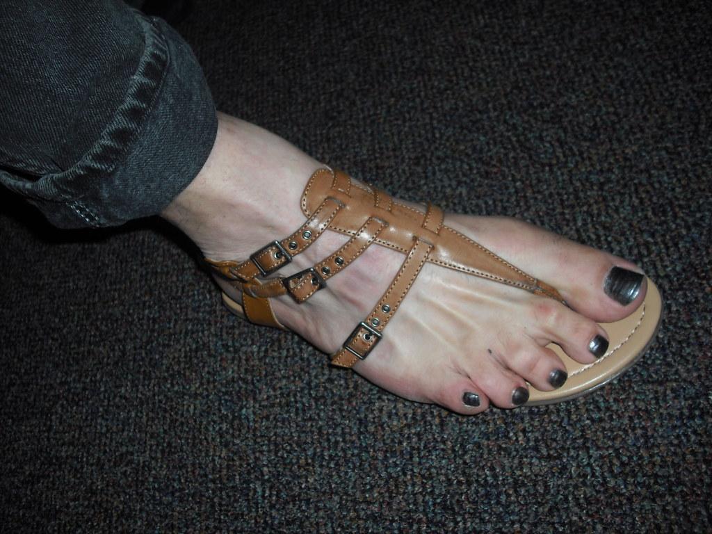 Multi strap thong sandal with nail polish