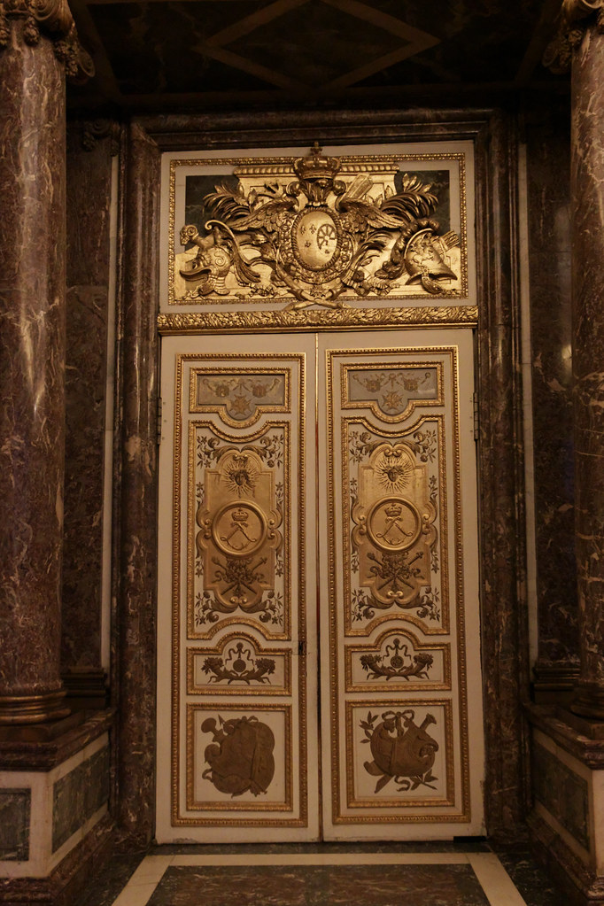 chateau de versailles 1 porte du salon de v nus flickr. Black Bedroom Furniture Sets. Home Design Ideas