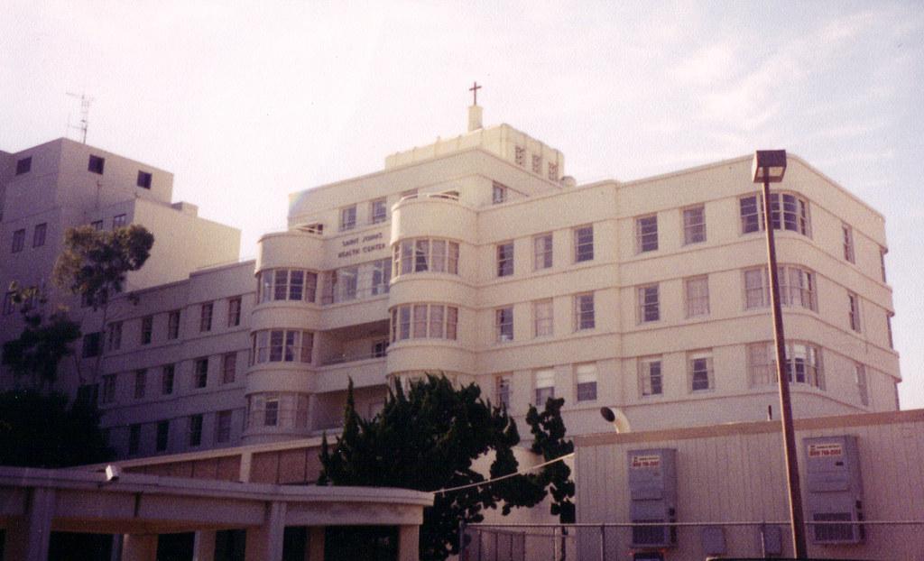 reviews of Saint John's Health Center