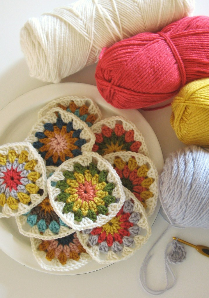 Free Crochet Granny Square Angel : yarn therapy... Tif Flickr