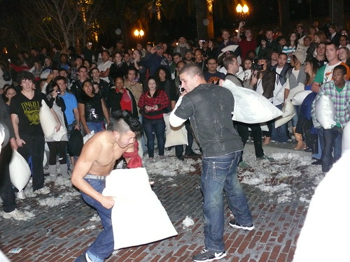 The Great San Francisco Pillow Fight | by renedrivers