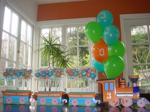 Emerson's 3rd Birthday Pops | by Sweet Lauren Cakes