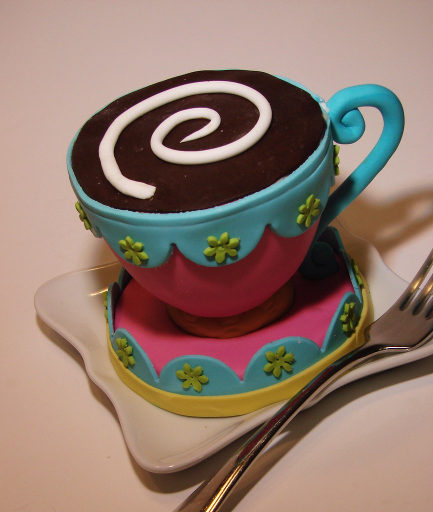 Coffee cup cakelet funky teacup cakelet design to add to o flickr - Funky espresso cups ...