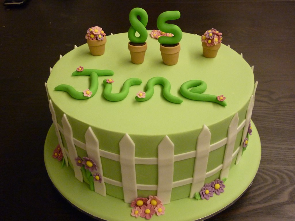 85th Birthday Cake 85th Birthday Cake With A Garden Theme Claire
