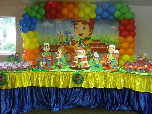 Handy manny party decoration fernanda lopes flickr for Handy manny decorations
