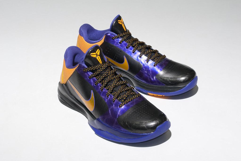 Lightest Basketball Shoe Zo