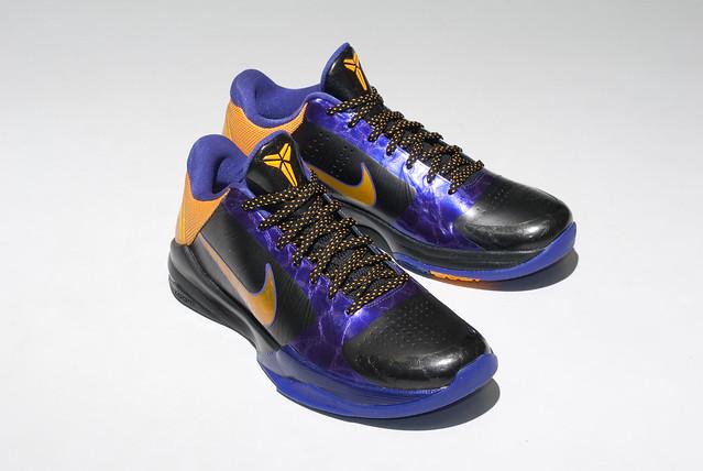 Nike Low Cut Basketball Shoes