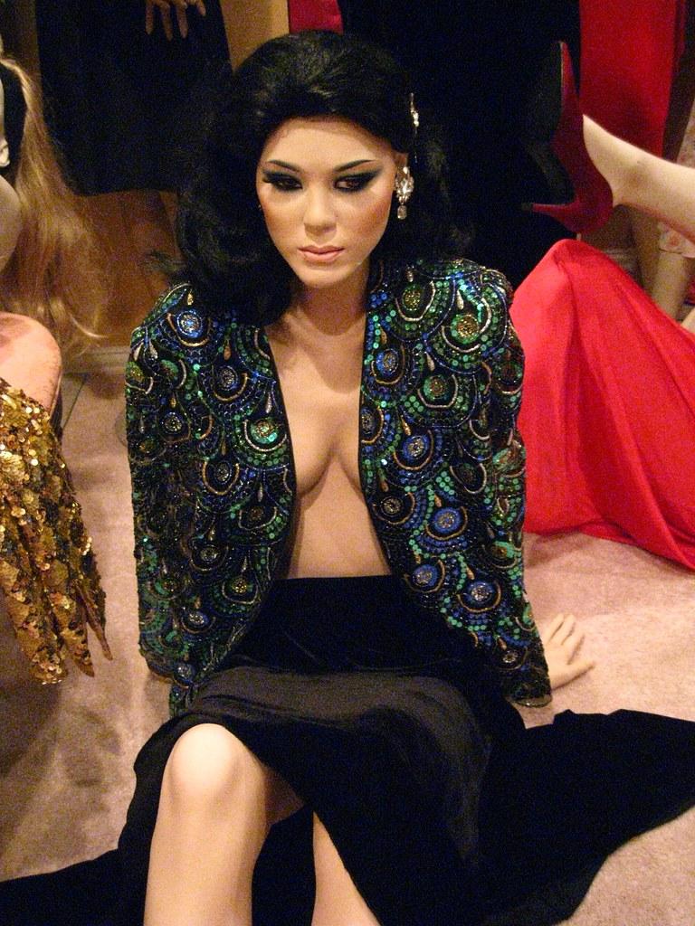 Tanee McCall Sex clips Lucilla Agosti,Karishma Manandhar