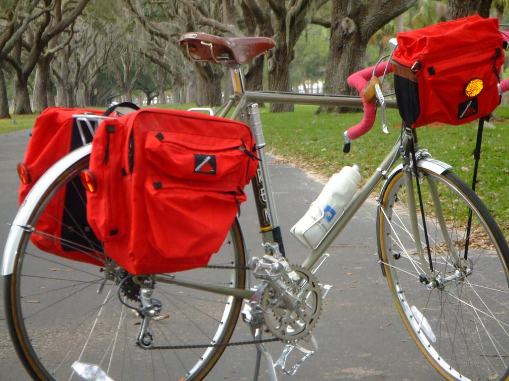 Trek 720 Touring Bike
