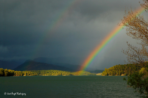 LAS LEYENDAS DEL ARCO IRIS / THE LEGENDS OF THE RAINBOW | by Jose Angel Rodri­guez