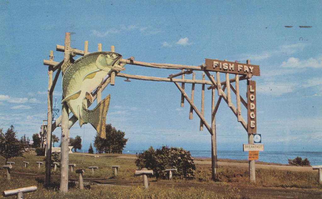 The cardboard america motel archive fish fry lodge for Fishing in duluth mn