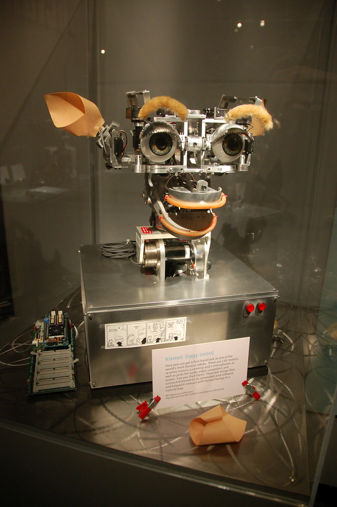 Mit Museum Kismet The Ai Robot Smiles At You Pictures