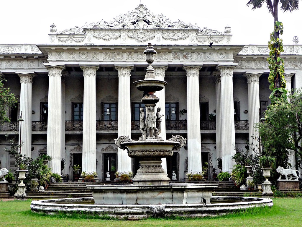Marble Palace - Calcutta | The Marble Palace stands in a ...