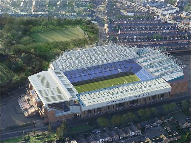 Aston Villa Stadion