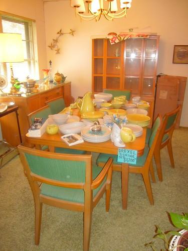 1950's Drexel Dining Room Set | Dining room set in estate
