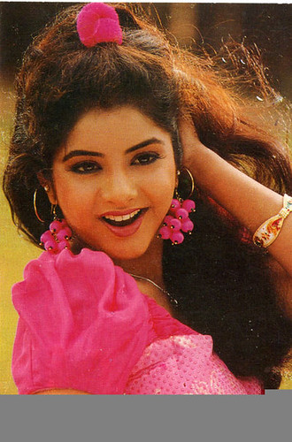 16 Jan 2013 14 Divya Bharti images, pictures and wallpapers. Grab the latest in Divya Bharti image gallery with tons of beautiful images and picture to ... - 4295094640_e9c2d88657