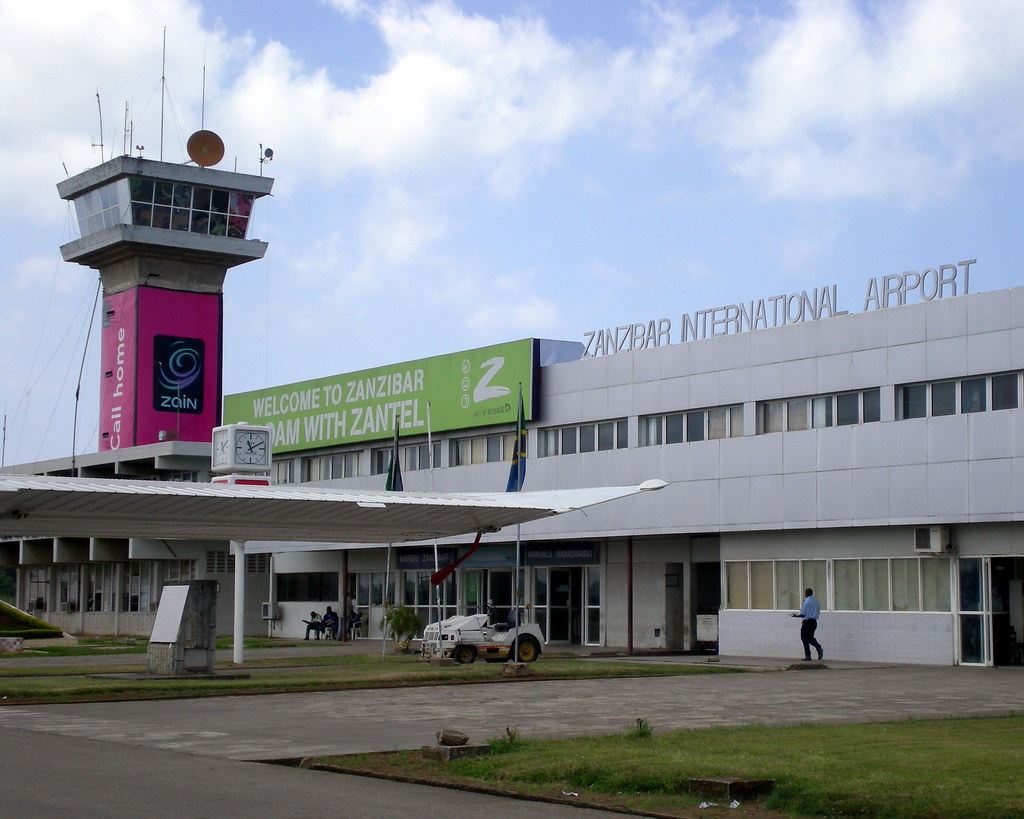Aeroporto Zanzibar : Zanzibar international airport at the on