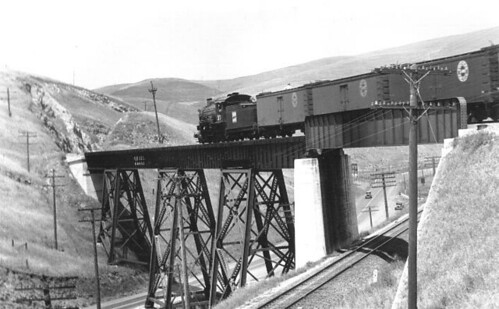 Western Pacific 2-8-0 # 37 leading a freight train over the high bridge, at the west entrance to Altamont Pass in 1936. | by Eddie from Chicago