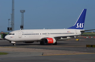 Scandinavian Airlines Boeing 737-800; LN-RRK@CPH;04.06.2010/575ai | by Aero Icarus