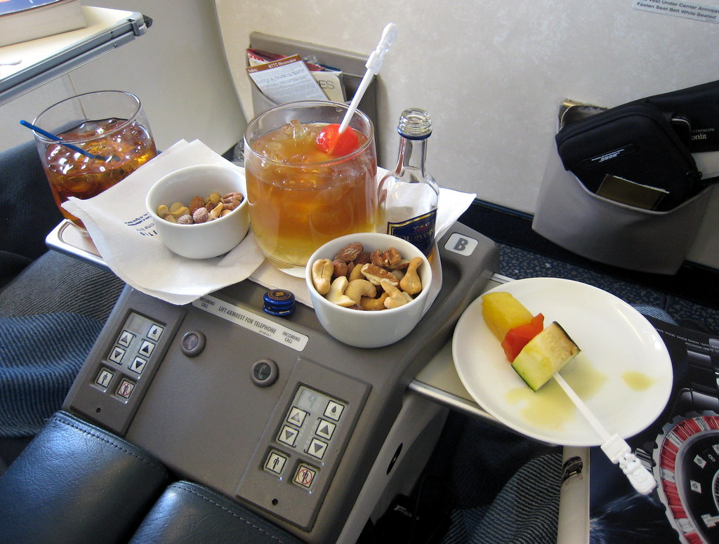 united first class service to hawaii first class on the