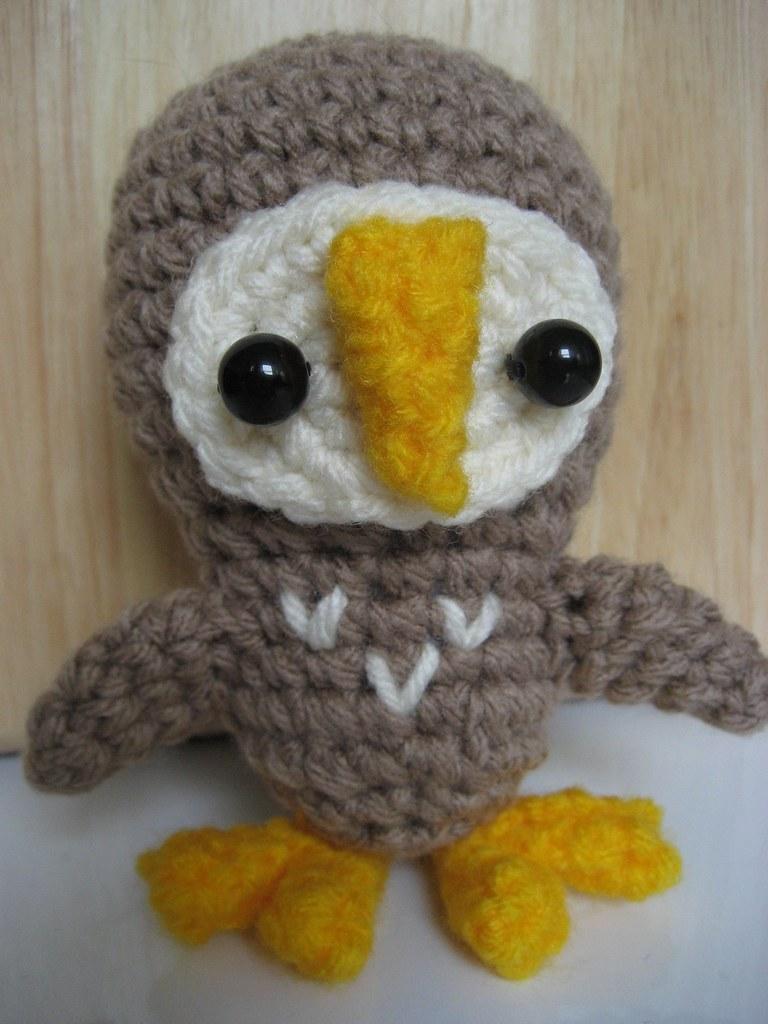 Amigurumi Owl Beak : Owley McOwlerson Barn Owl Amigurumi This little owl is ...