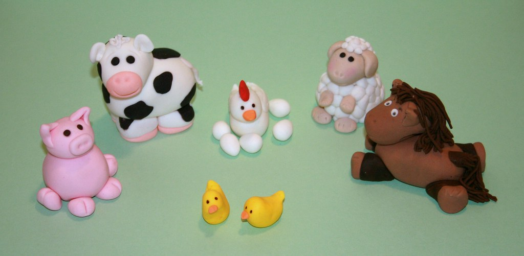 Making Fondant Animals For Cakes