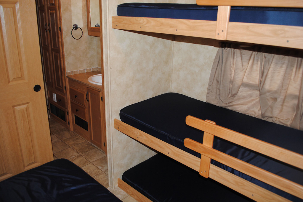 Bunk beds in new super king rvs at lake rudolph campground for Rv loft bed