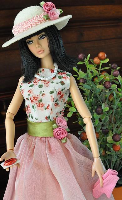 Lola Barbie Fashion Games
