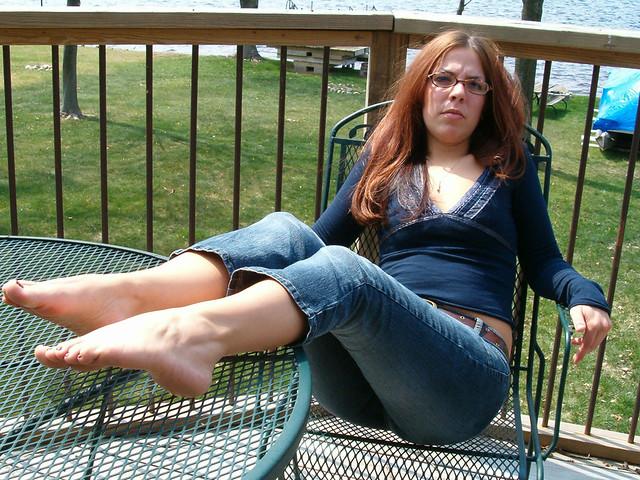 Mature female feet pics