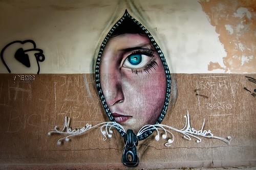 Graffitis en el seminario si las paredes hablaran flickr - Graffitis en paredes ...