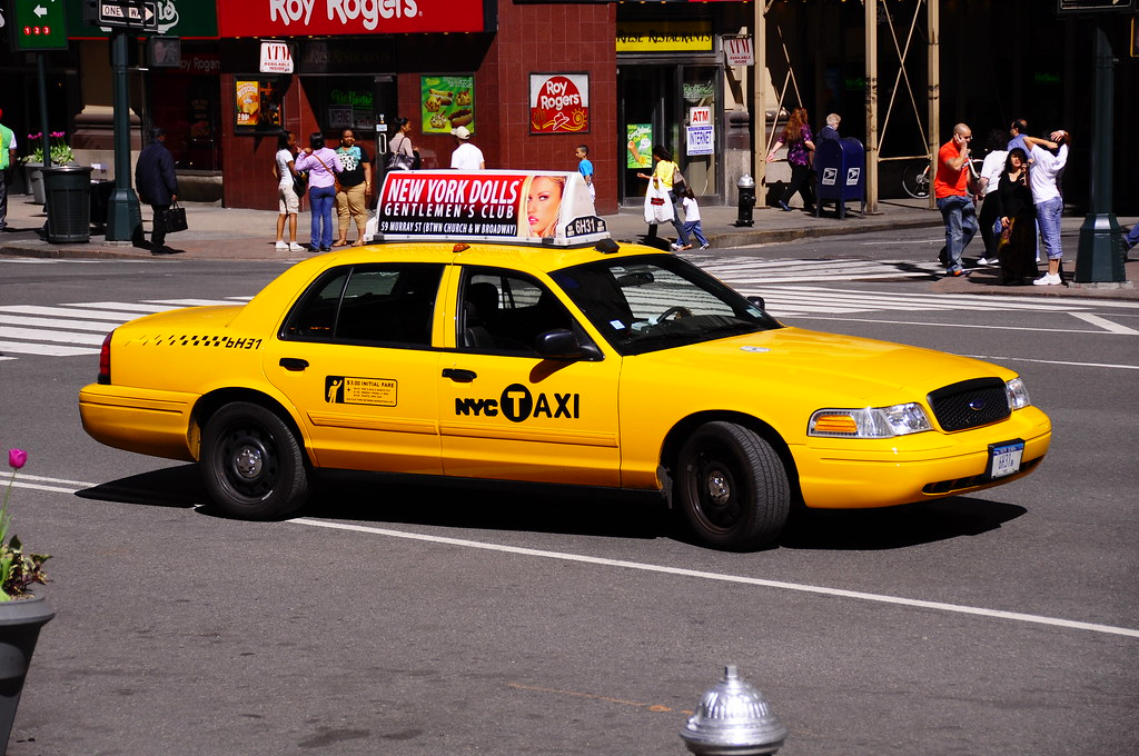 yellow taxi nyc taxi taxi nyc new york city new york city flickr. Black Bedroom Furniture Sets. Home Design Ideas