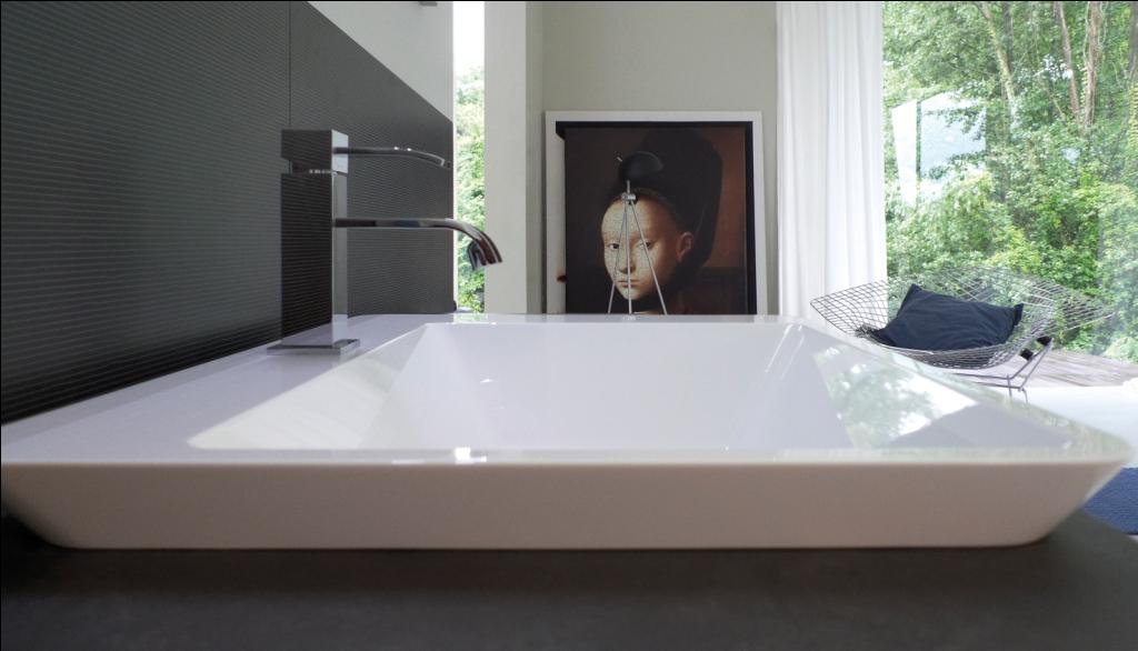Arredo bagno cubik particolare dettaglio lavabo for Arredo bagno 3d