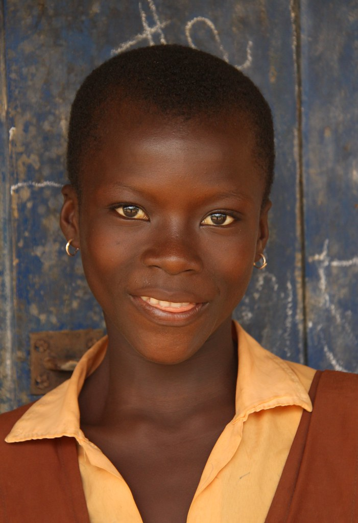 Pretty Ghanian School Girl With Friendly Eyes  Raphael -5866