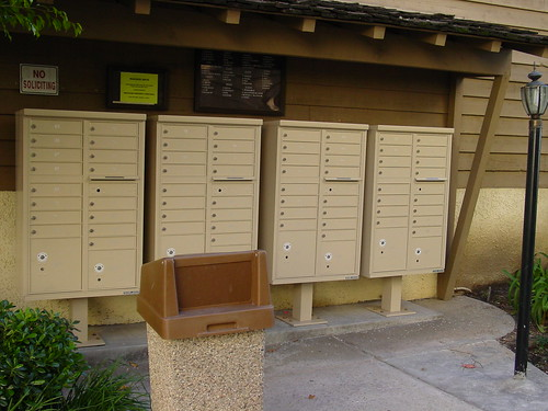 Auth florence 16 door cbu mailboxes the auth florence for Auth florence