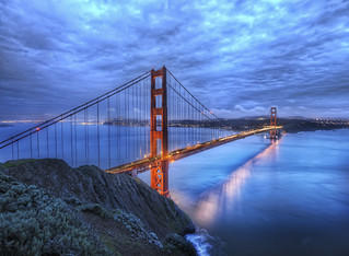 The Golden Gate Bridge at Dusk | by Stuck in Customs