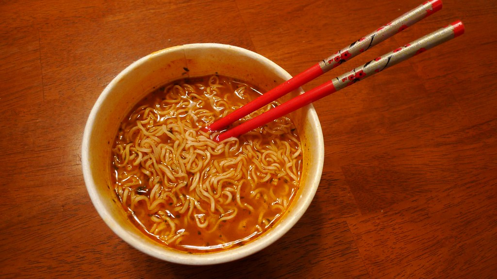 Eat Hot Spicy Food For Sore Throat