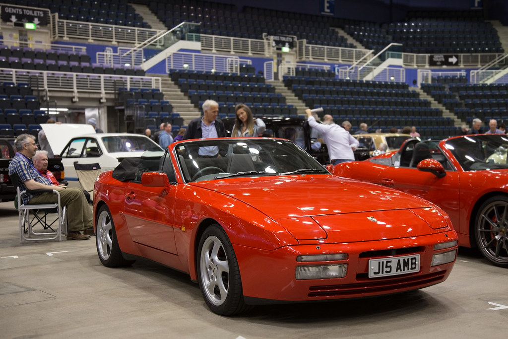 porsche 944 cabrio red 1992 porsche 944 cabriolet j15. Black Bedroom Furniture Sets. Home Design Ideas