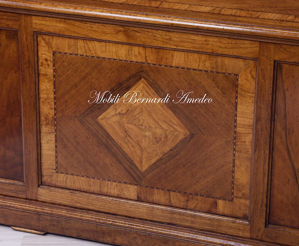 Scrivania in legno massello di noce intarsiata scrivania pu flickr