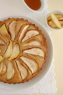 Pear and honey cake / Bolo de pêra e mel | by Patricia Scarpin