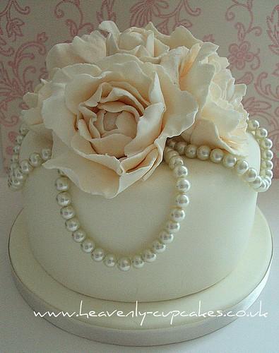 Cake Decorating Company Notts : Vintage Pearl & Rose Wedding Cake- Stubton Hall Nottingham? Flickr